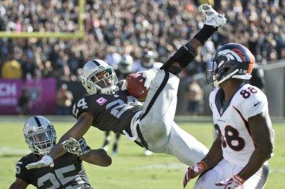 Chris Harris Jr. the hero as Denver Broncos beat Oakland Raiders