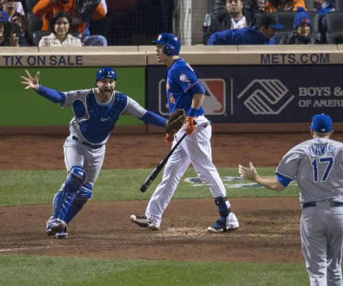 Kansas City Royals win their first World Series since 1985