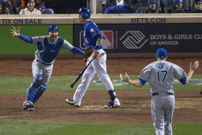 Kansas City Royals win their first World Series since 1985