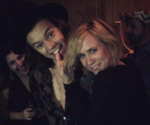 Kristen Wiig, Harry Styles caught 'Dirty Dancing' after 'SNL' gig
