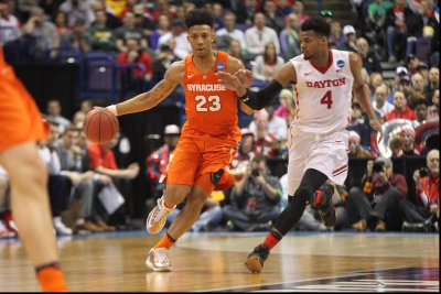 Syracuse makes statement in rout of Dayton