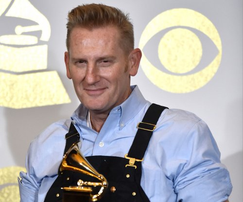 Rory Feek on living without wife Joey: 'I feel her everywhere I go'