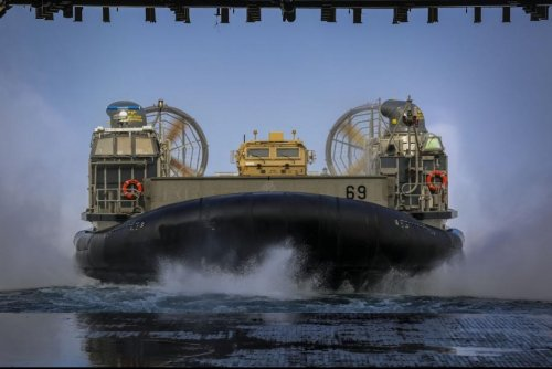 Navy awards $107.2M contract for landing craft modernization