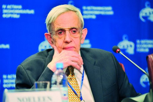 John Nash remembered for fight against mental illness