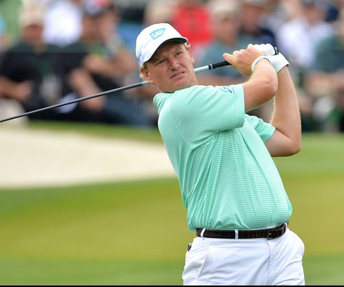 Ernie Els one shot back in Dubai Desert Classic