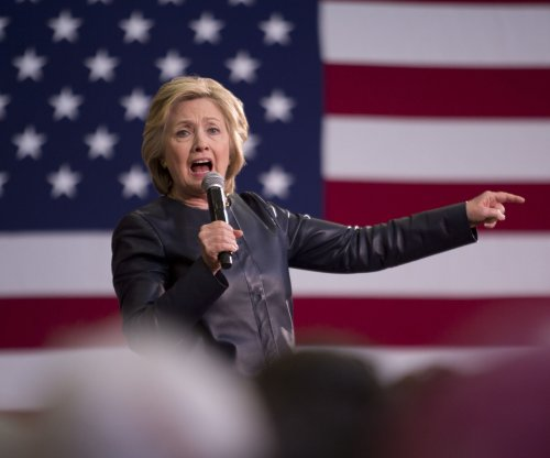 Clinton beats Sanders, Trump in New Jersey poll