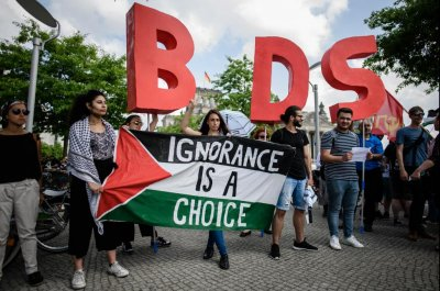 EU court: Anti-Israel activists wrongly convicted in France