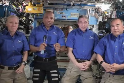 Astronauts head home from International Space Station