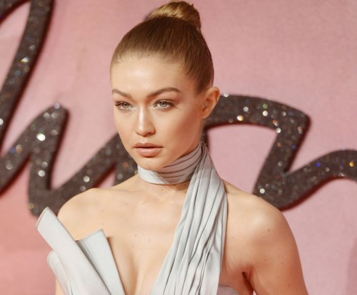 Gigi Hadid, Karlie Kloss stun at 2016 Fashion Awards in London
