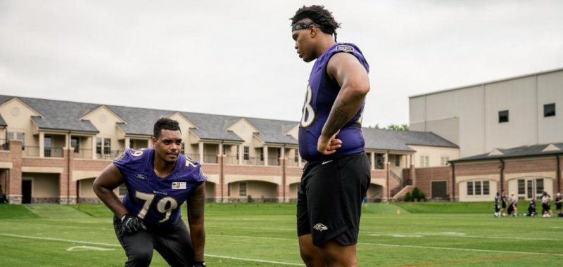 huge selection of 65133 f0a11 Baltimore Ravens' Orlando Brown Jr. motivated to carry on ...