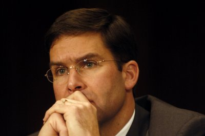 Trump to nominate Mark Esper as defense secretary