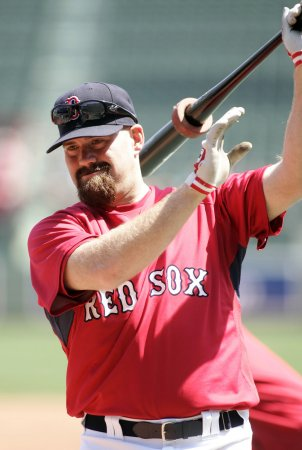 Red Sox' Youkilis is AL player of the week