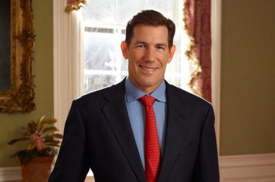 'Southern Charm' star Thomas Ravenel files election petitions in S.C.