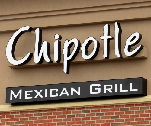 Chipotle becomes first major fast food chain to stop serving genetically modified food