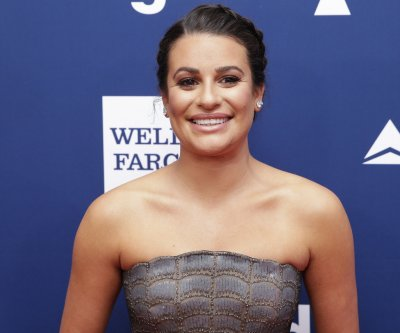 Lea Michele kicks off the holidays with 'Christmas in New York' video