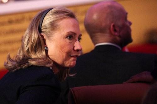 H. Clinton warns against supporting Assad