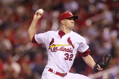 Cardinals, Dodgers battling for wild-card spot