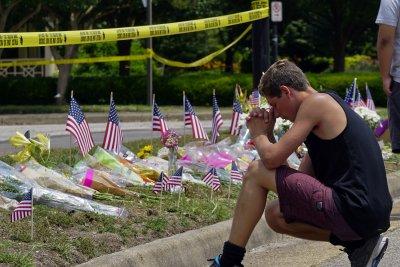 Gunman in Virginia Beach put in 2-week notice before shooting