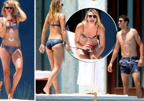 Maria Sharapova soaks up the sun in Mexico after Wimbledon loss