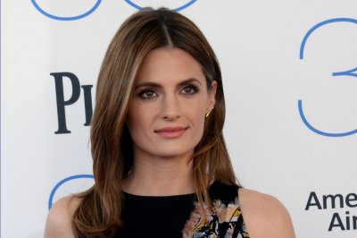 Stana Katic confirms her return for 'Castle' Season 8