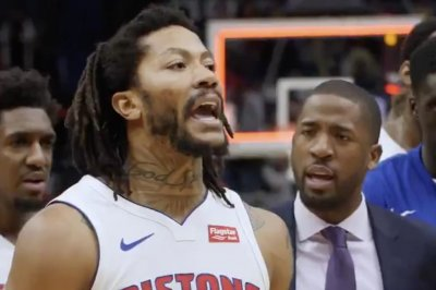 Pistons' Derrick Rose beats Pelicans with turnaround fadeaway shot