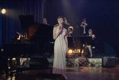 'I Am Woman' trailer recounts Helen Reddy's rise to fame