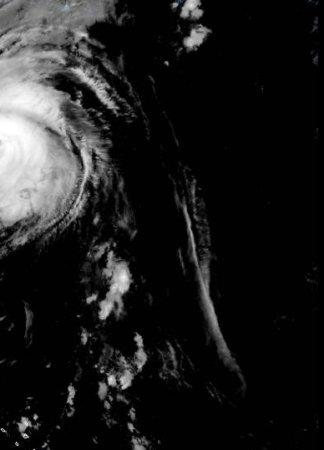 Hurricane Teddy to bear down on Canada after brushing Bermuda