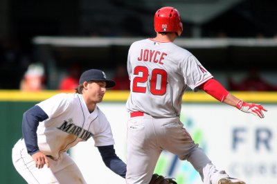 Los Angeles Angels of Anaheim edge Seattle Mariners