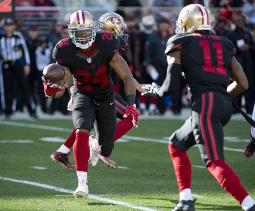 San Francisco 49ers RB Shaun Draughn out with knee injury