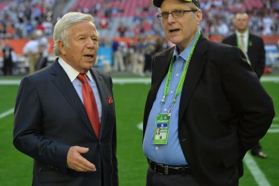 Forbes lists 19 NFL billionaire owners