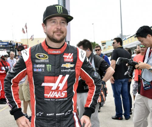 Kurt Busch wins second straight pole