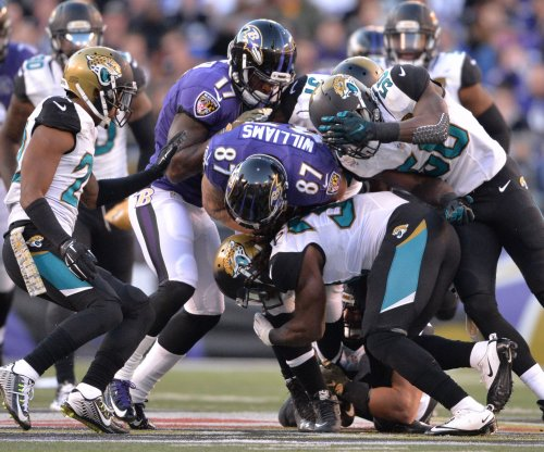 Cincinnati Bengals trade for Jacksonville Jaguars defensive end