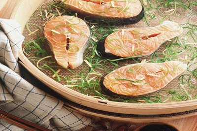Seafood offers omega-3 fatty acids vital for pregnant women, babies