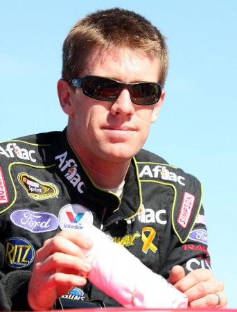 Edwards wins Nationwide race at Phoenix