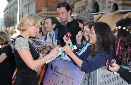 Kate Winslet 'still haunted' by 'Titanic' nude scene