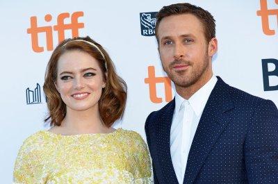 Emma Stone, Ryan Gosling charm at 'La La Land' premiere