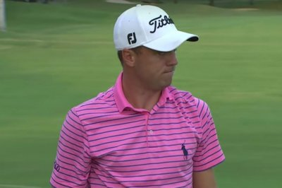 2017 Sony Open: Justin Thomas ties 54-hole record, leads by seven