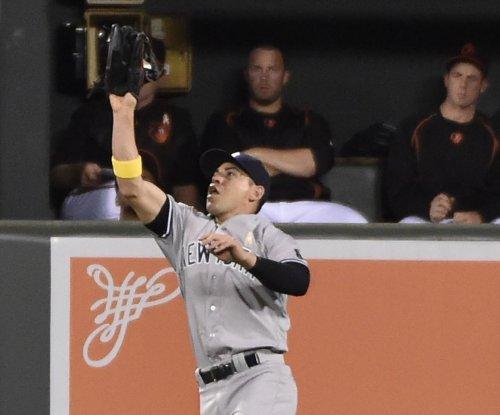 New York Yankees shut down CF Jacoby Ellsbury as headaches return
