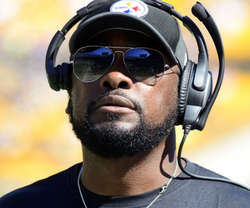 Pittsburgh Steelers to remain in locker room during national anthem in response to Donald Trump