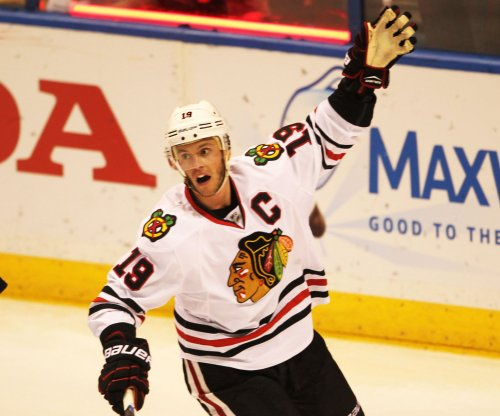 Chicago Blackhawks continue goal frenzy, dominate Columbus Blue Jackets