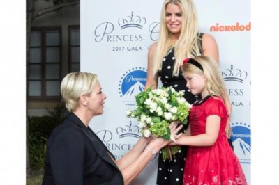 Jessica Simpson's daughter meets Princess Charlene