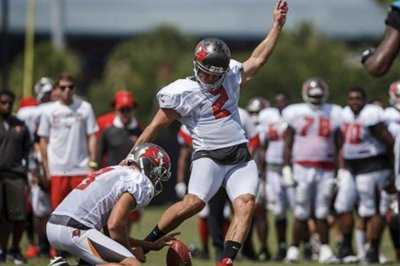 Nick Folk: Tampa Bay Buccaneers cut veteran kicker