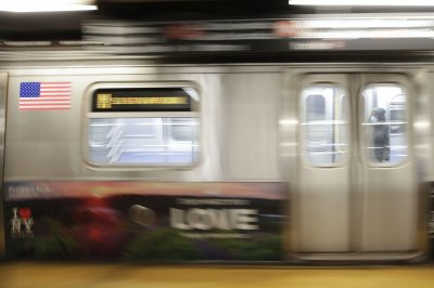 Cuomo, de Blasio: NYC subways to close for 4 hours per day to disinfect