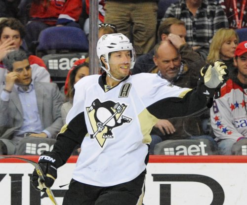 Matt Cullen goal lifts Pittsburgh Penguins past New York Rangers