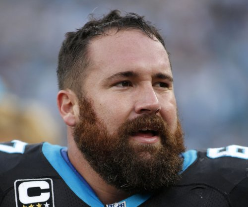Carolina Panthers, All-Pro center Ryan Kalil sign two-year contract extension