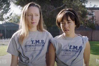 'Pen15' teases change in Season 2 preview
