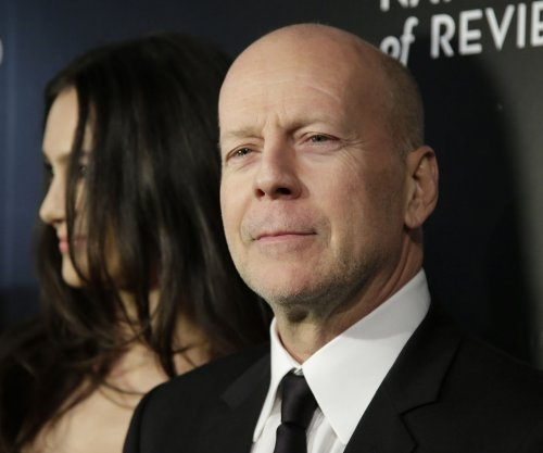 Bruce Willis to star in Broadway play based on Stephen King's 'Misery'