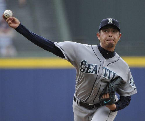 Another strong outing for Hisashi Iwakuma as Seattle Mariners defeat Texas Rangers