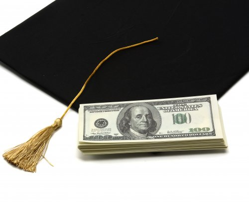 Amount of student debt in default increases