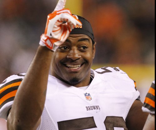 Cincinnati Bengals officially sign Karlos Dansby, agree to deal with Brandon LaFell